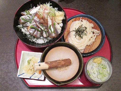 鯵のりゅうきゅう丼と麺