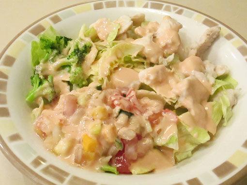チキンとブロッコリーのサラ