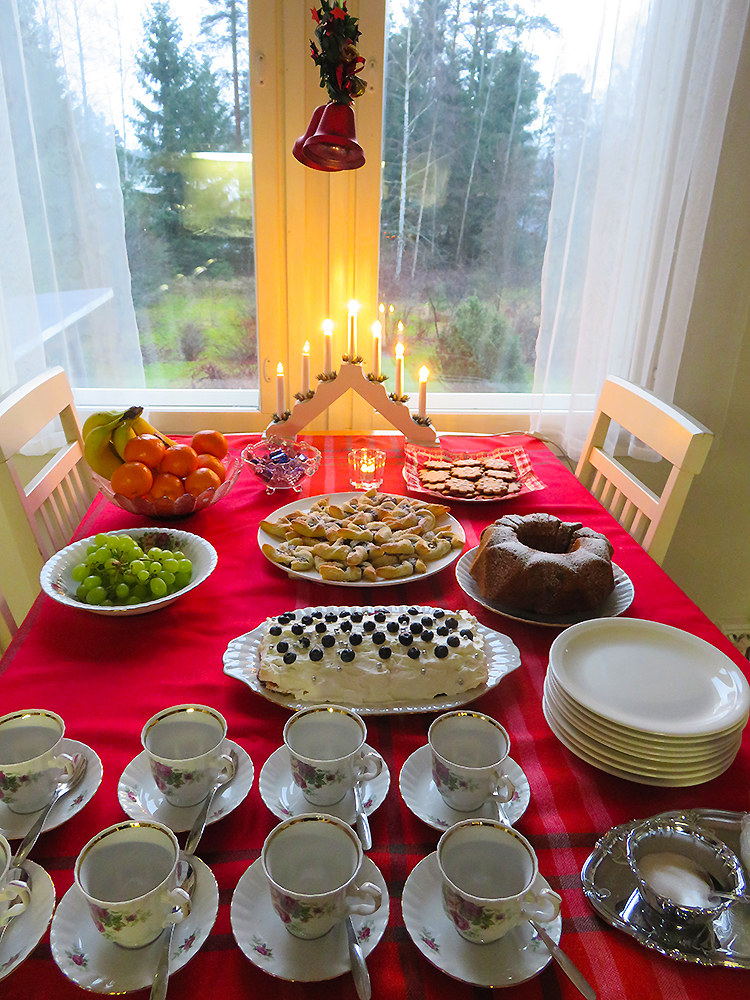 フィンランド クリスマス デザート Joulu Kahvipöytä Chrisutmas Cofee table