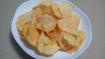 カルビー「ポテトチップス 極濃チェダーチーズ味」