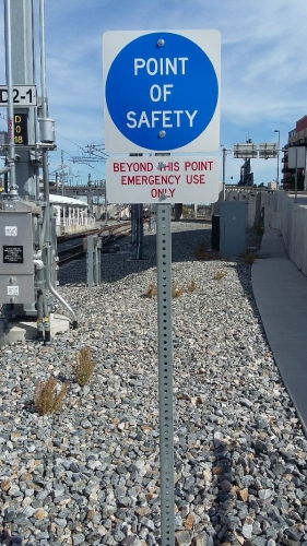 02c 600 point of safety sign