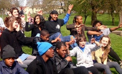 0103c 600 singing kids