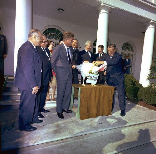 09a 500 Kennedy_turkey_pardon