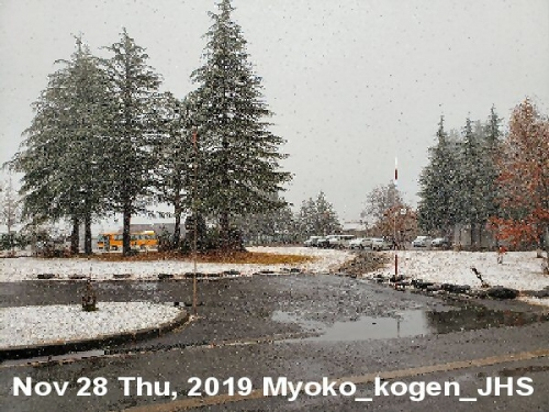 01a 600 20191128 妙高高原中 雪景色