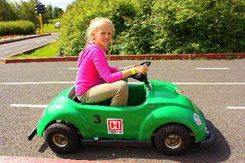 03d 500 lady car