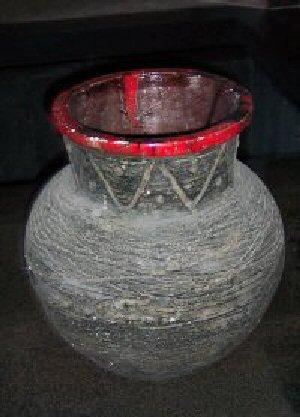 03aa 300 古代アルメニアの飾り壺