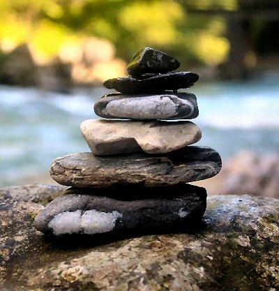 04b 400 stones piled up