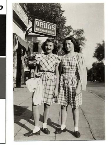 04da 600 two girls drug store