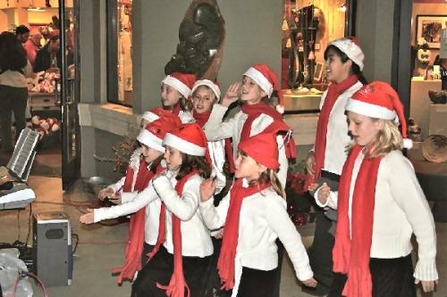 03a 600 Youth_Choir_in_Healdsburg