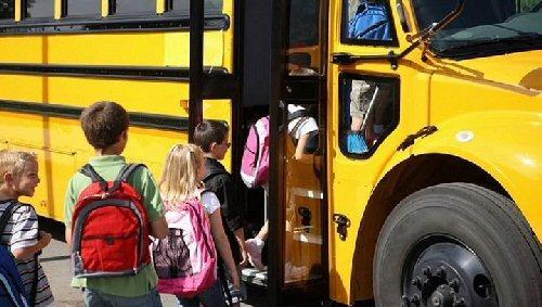 03a 500 kids health bus