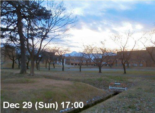 01a 500 191229 Toward Mt Myoko no cars01