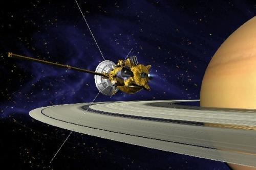 03a 600 Cassini_Saturn_Orbit_Insertion