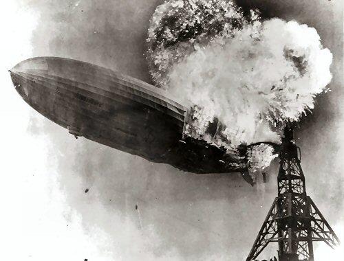 03a 500 Hindenburg_burning