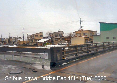 01b 500 200218 渋江川橋南方向