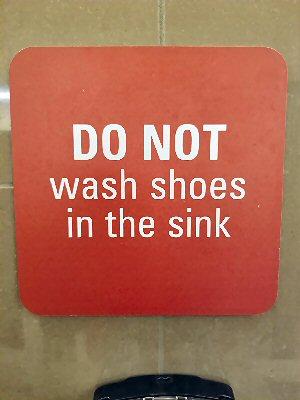 03c 300 Dont wash shoes