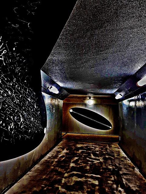 地下道 アート