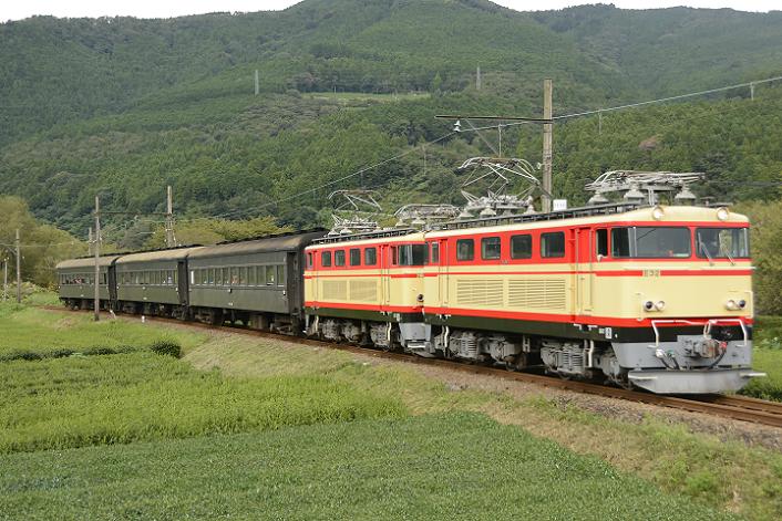_DSC4867-4 200919 102レ 抜里~家山-1