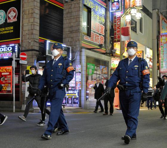 朝日新聞 軍靴の音 電波