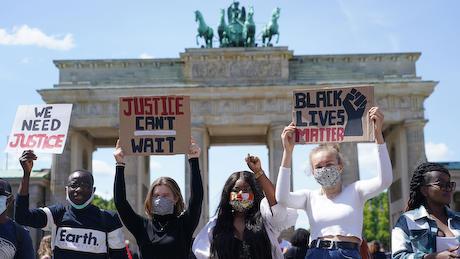 黒人 人種差別 中共 工作 デモ 暴動 アメリカ 欧州