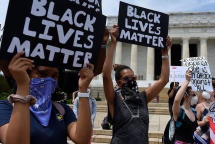 韓国系アメリカ人モデル「BLM運動にはうんざり」「アジア系が黒人のために立ち上がるのはばかげたこと」「人の命が重要であり、他の人種よりも優れている人種はいない」と投稿し炎上