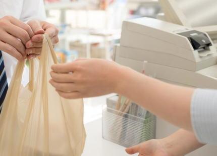 7月1日から始まる「レジ袋有料化」、コンビニでは一枚3円からの有料化でエコバッグは定着するか