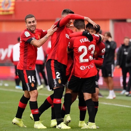 Takefusa Kubo scores his first LaLiga goal with a stunner for Mallorca