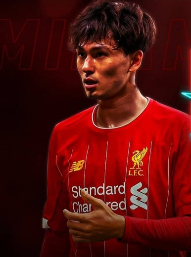Borussia Monchengladbach, AC Milan and Man United were all interested in signing Takumi Minamino but he has chosen Liverpool