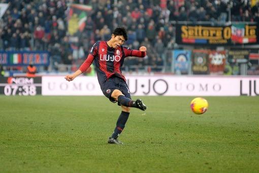 Bologna 2-0 Atalanta Poli goal Tomiyasu assists