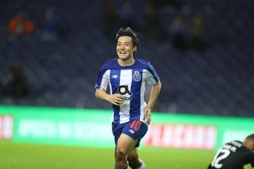 FC Porto 1-0 Santa Clara Nakajima goal