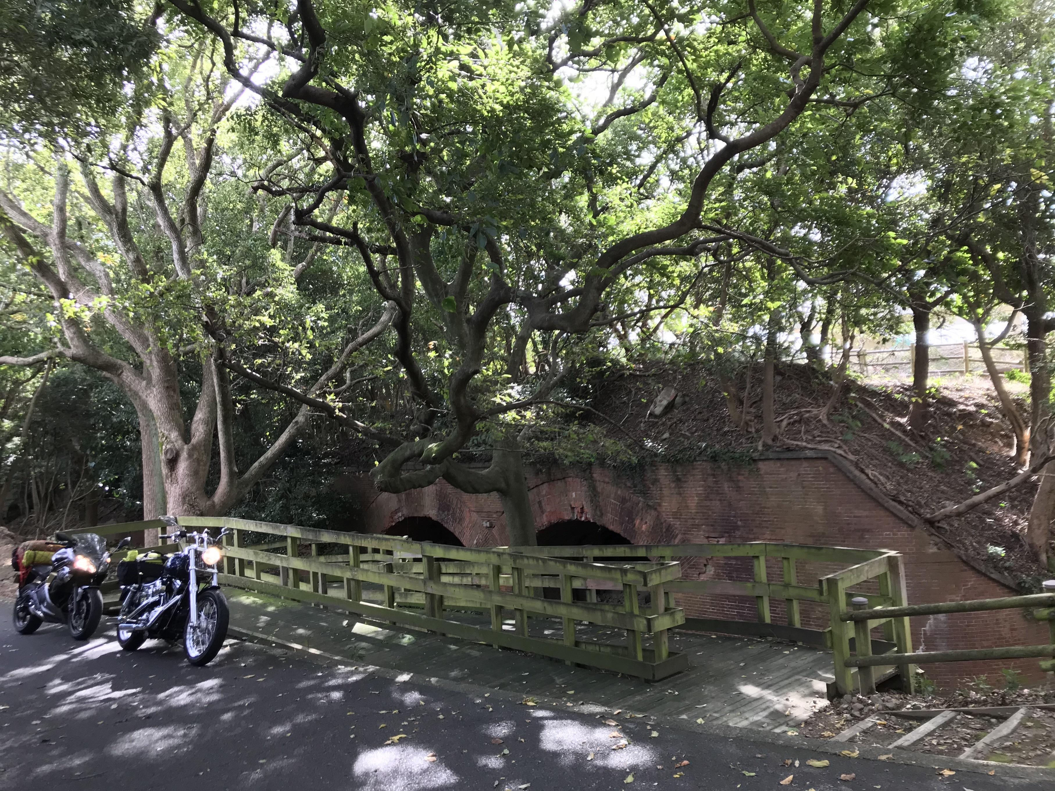 harleydavidson-dyna-capemuroto-motorcycle-touring-awaji-yura-fortress-cannon-2.jpg