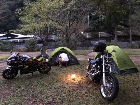 ぴーきち&ダイナ ハーレーで行く 室戸岬 ツーリング 安田川アユおどる清流キャンプ場 テント設営