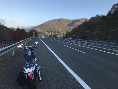 ぴーきち&ダイナ 美山 かやぶきの里ツーリング 高速からの紅葉