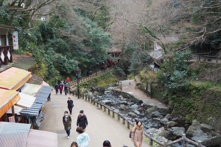 ぴーきち&ダイナ 箕面の滝ツーリング 箕面の大滝 滝道