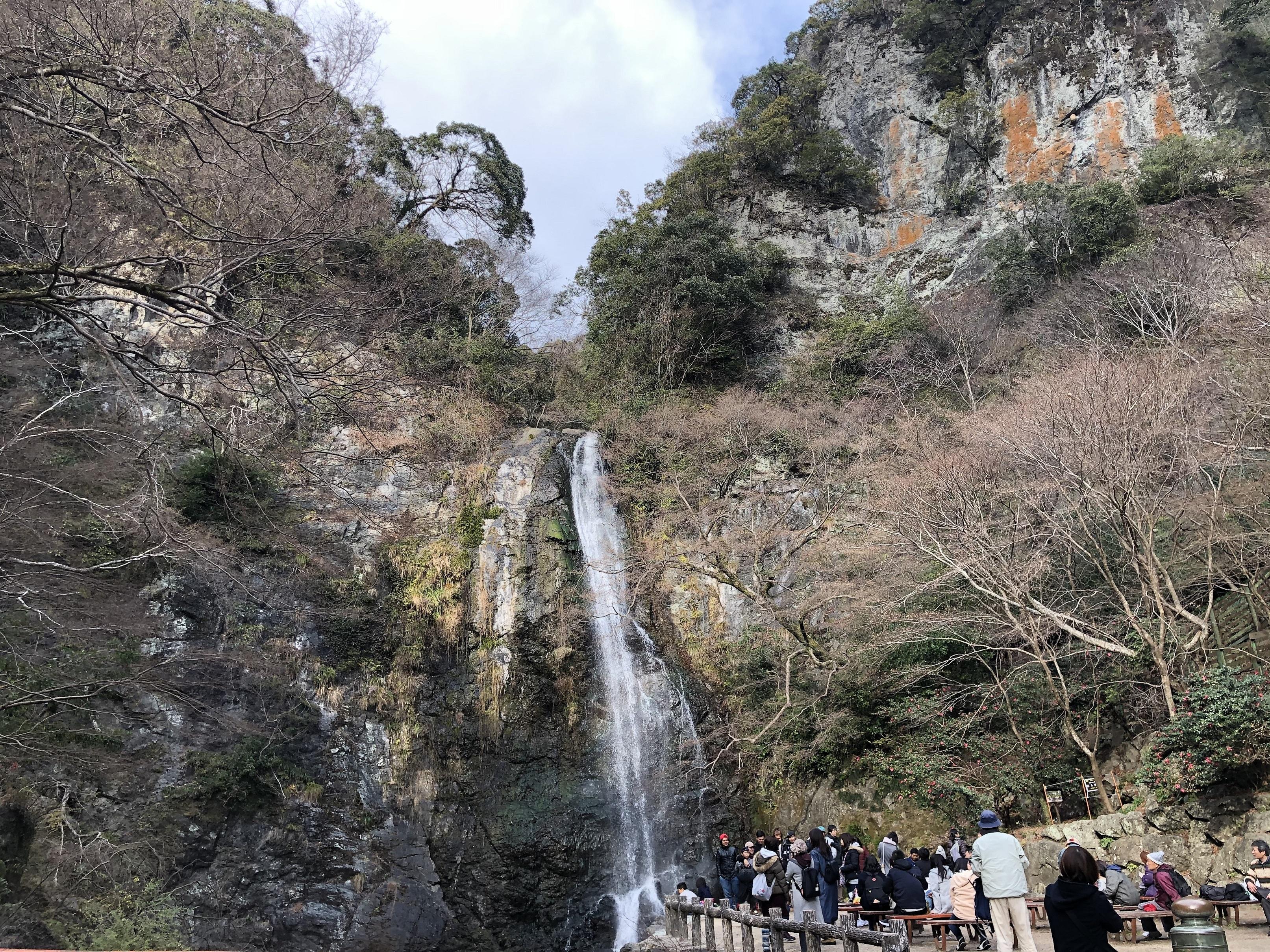 ぴーきち&ダイナ 箕面の滝ツーリング 箕面の大滝 全景