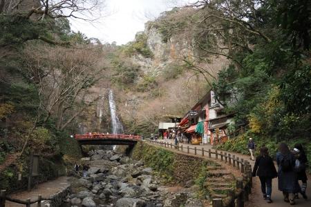 ぴーきち&ダイナ 箕面の滝ツーリング 箕面の大滝 滝道 到着です