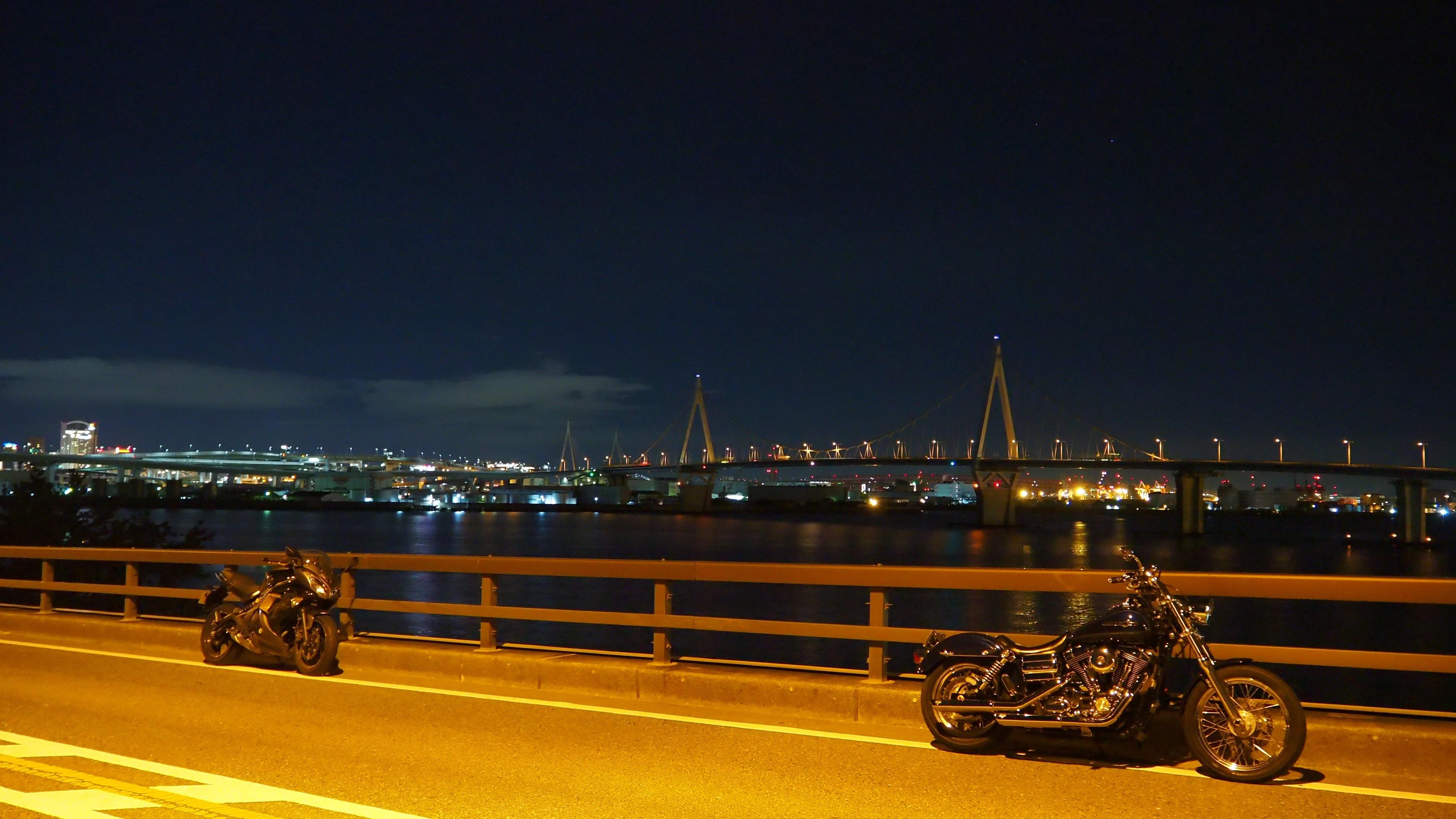 ぴーきち&ダイナ 大阪ナイトツーリング 大阪湾 橋からの夜景