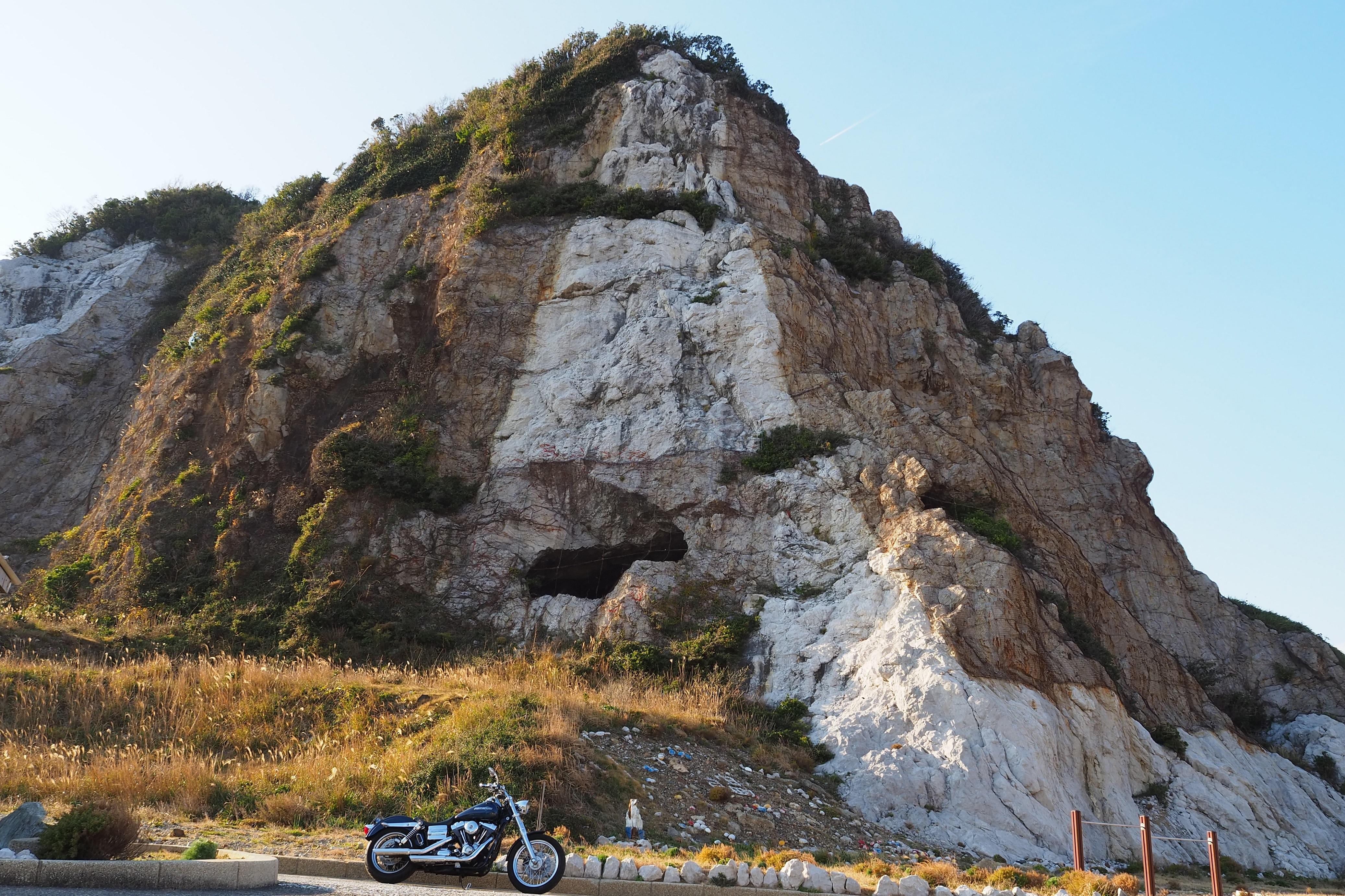 harleydavidson-motorcycle-touring-blog-shirasakioceanpark-navalbase-tunnel.jpg