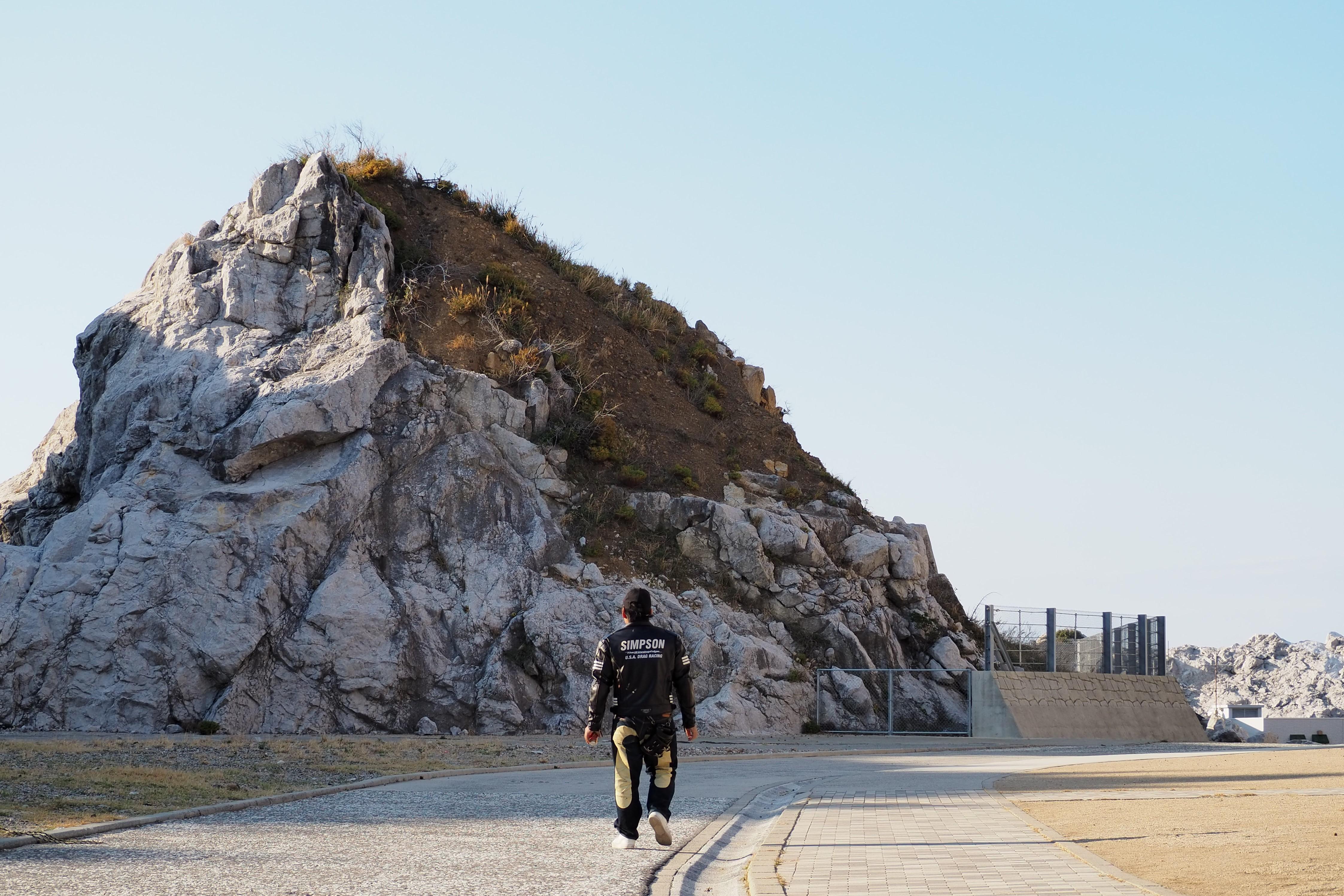 harleydavidson-motorcycle-touring-blog-wakayama-shirasakioceanpark-limestone-insidethepark.jpg
