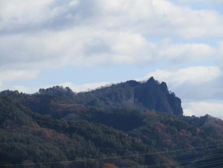 191130芦鞍山 (3)s岩櫃山