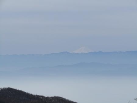 200215駒ヶ岳~黒檜山 (11)富士山s