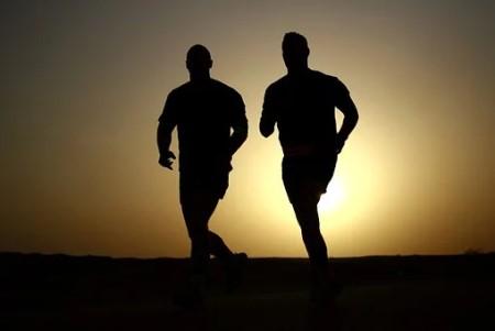 runners-635906__340.jpg