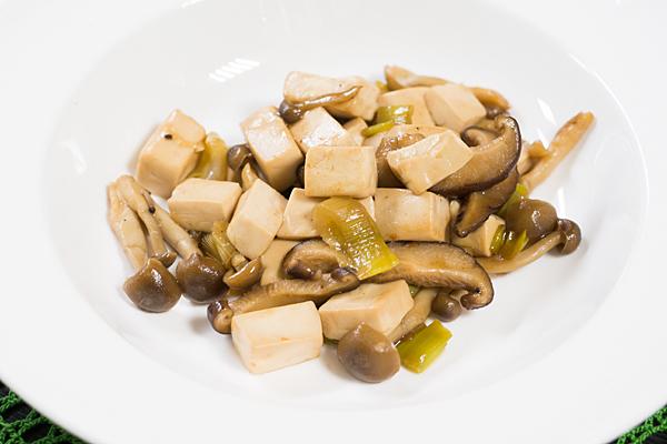 豆腐とキノコ