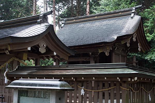 村国神社奥宮社殿