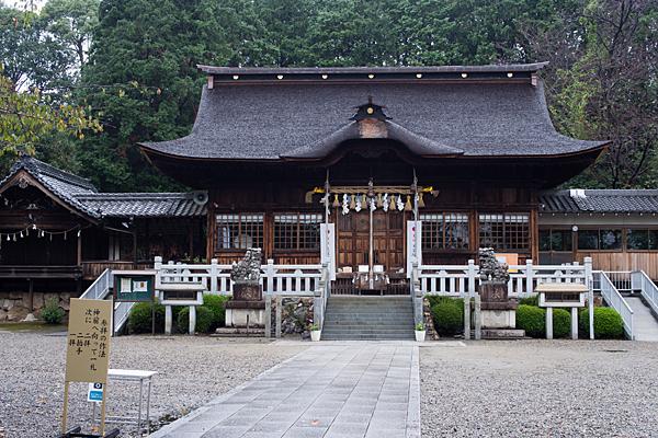 手力雄神社拝殿