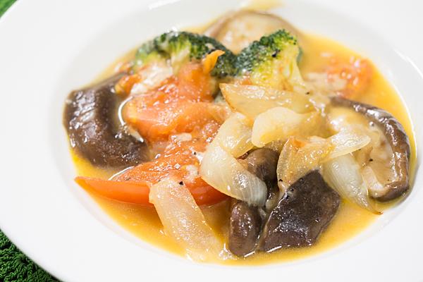 シイタケと野菜炒め
