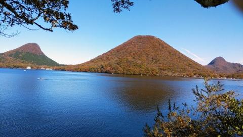 榛名湖と榛名山。良いお天気~!
