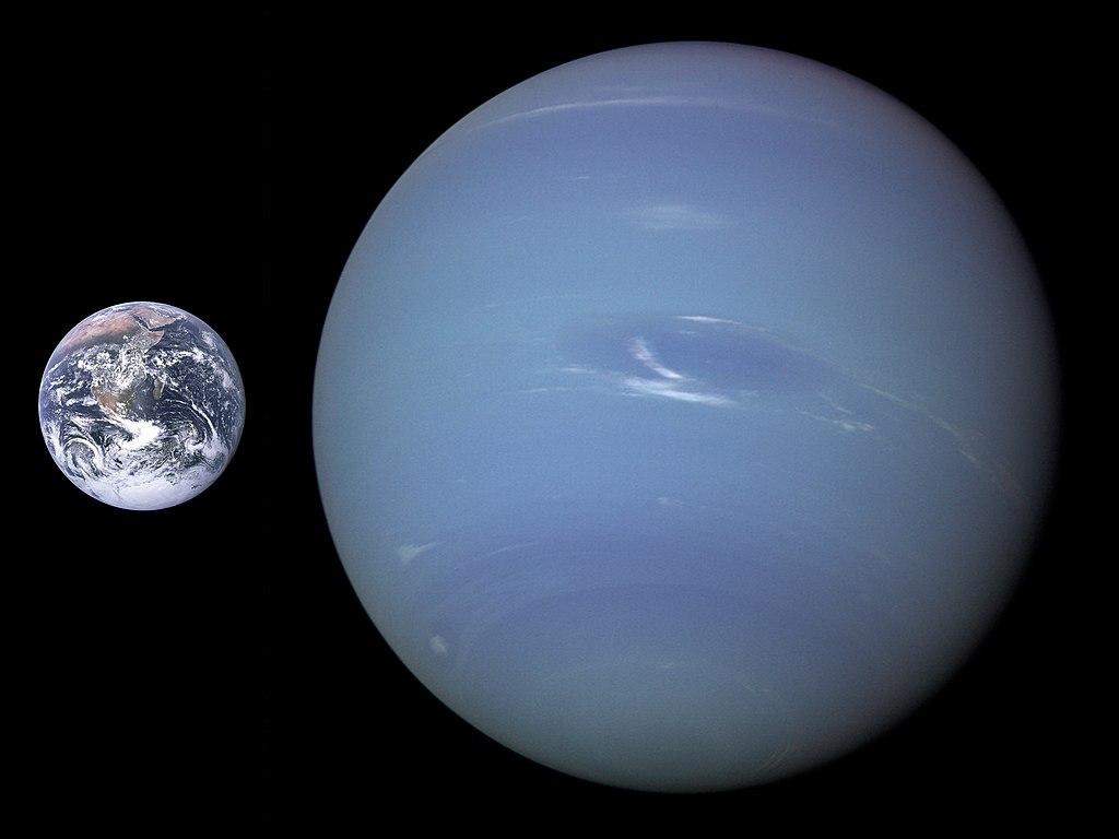 地球と海王星の大きさの比較