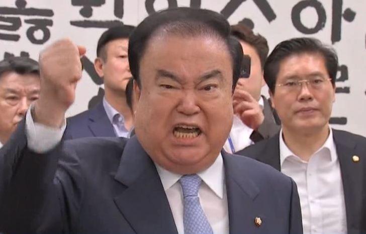 ムン ヒサン