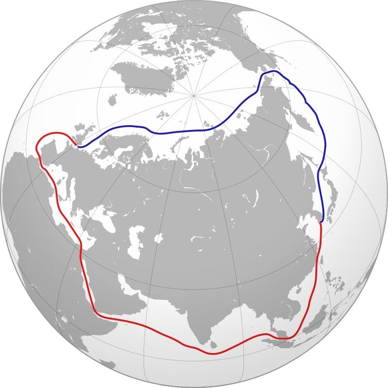 スエズ運河を通るルート(赤)とその代替として期待される北海ルート(青)