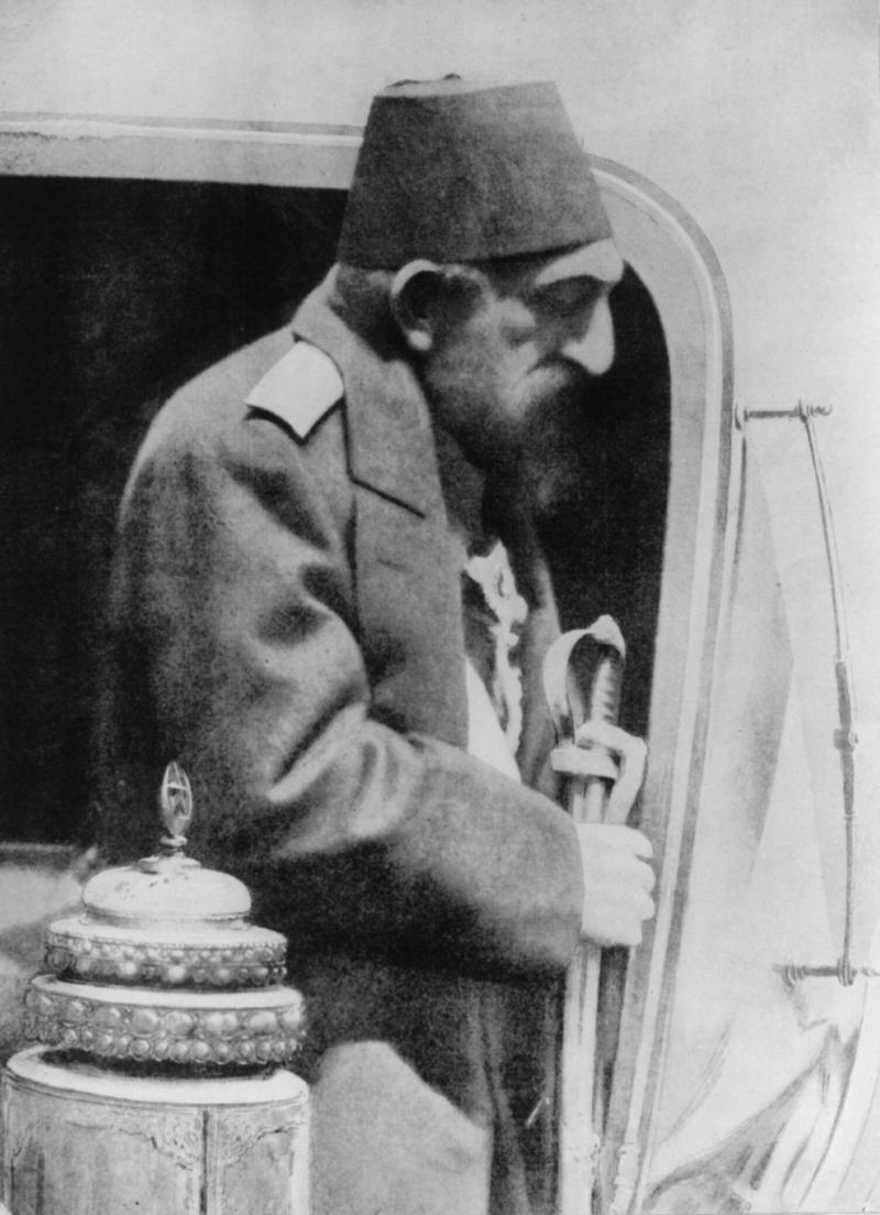 晩年のアブデュルハミト2世(1908年)